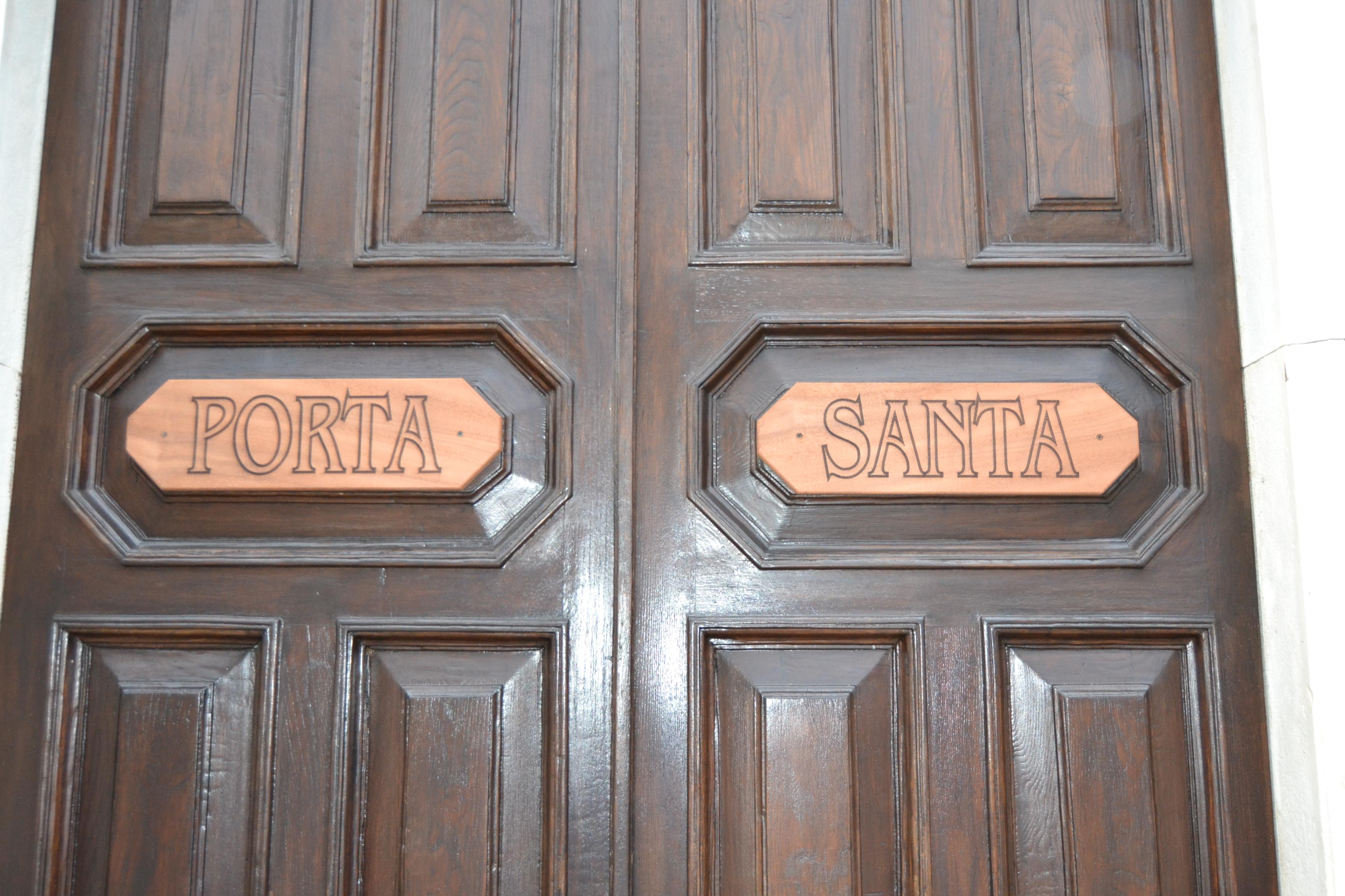 Solenne apertura della Porta Santa